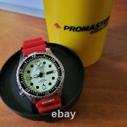 Citizen Promaster Aqualand (NY0040-09W) Dive Watch Automatic, Full Lume Dial