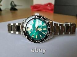 Seiko Prospex Dive Watch SPB081J1 One of 2,018 made. Full Set