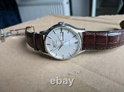 Tissot Visodate Automatic Swiss Watch, with full box & papers. Great condition