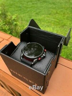 Diesel Sur Full Guard Écran Tactile Montre Avec Bracelet En Silicone Bracelet, Noir (dzt2010)
