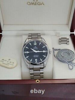 Omega Seamaster Railmaster 40mm Co-axial Montre Ensemble Complet